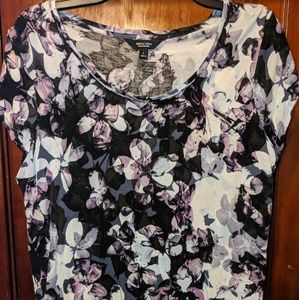Simply Vera Shades of Purple & Blue Floral Tee